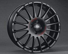 OZ SUPERTURISMO GT MB 7x16 4x100 ET42 Čierny lak / červený nápis